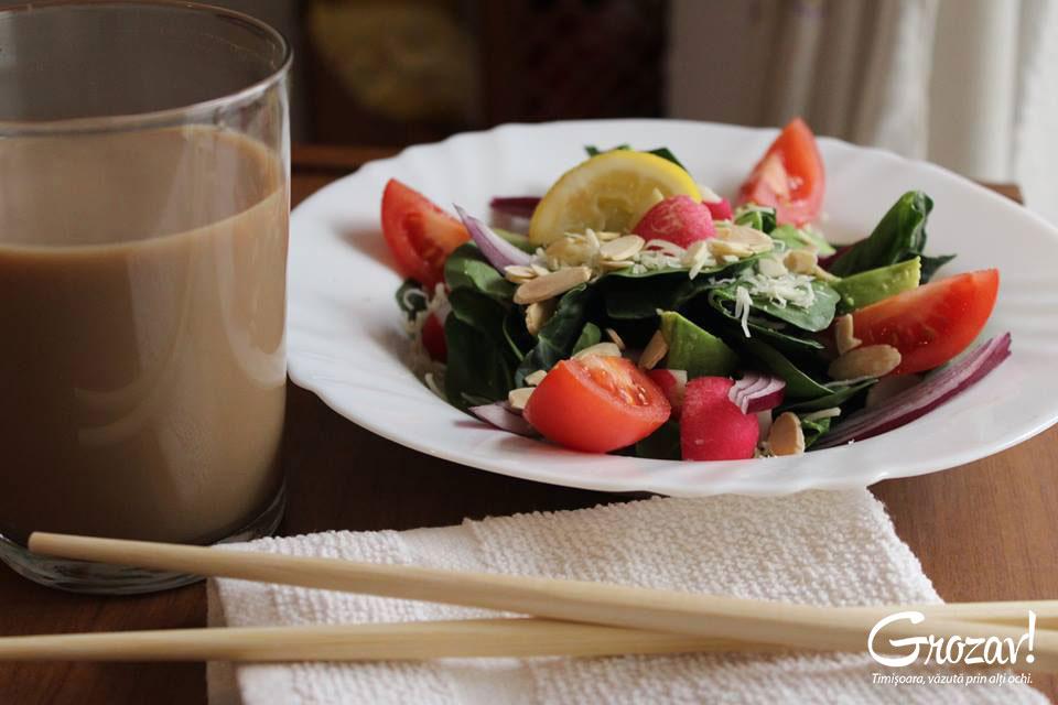 Salata-vegetariana-Iulia-Grumeza